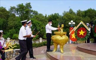 """60 năm Ngày mở đường Hồ Chí Minh trên biển: Tri ân các thế hệ cán bộ, chiến sĩ """"Đoàn tàu không số"""""""