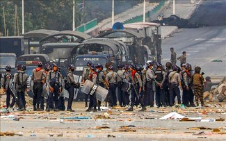 Vietnam calls on world community to help Myanmar prevent violence