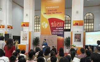В Ханое открылся книжный фестиваль 2021 года