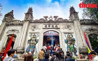 Tỉnh Phú Thọ mở tour du lịch đêm Đền Hùng