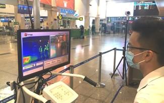 Sân bay Tân Sơn Nhất tiếp tục mở các đường bay nội địa đến 30/11