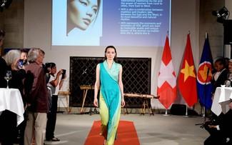 Tà áo dài Việt trên đường phố Châu Âu và thu nhập cho phụ nữ làng nghề