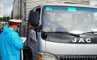 Không kiểm tra phương tiện vận tải khi có giấy nhận diện có QR Code