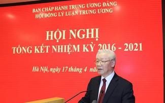 Tổng Bí thư Nguyễn Phú Trọng dự Hội nghị tổng kết của Hội đồng lý luận Trung ương