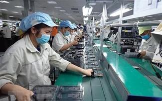 Bảo đảm việc làm bền vững, nâng cao mức sống, cải thiện điều kiện làm việc của công nhân lao động
