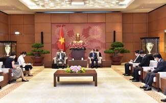 Chủ tịch Quốc hội Vương Đình Huệ tiếp Đại sứ Nhật Bản tại Việt Nam Yamada Takio