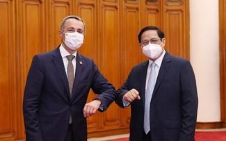 Vietnam, Switzerland aim for stronger ties