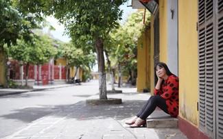 """Sängerin Anh Tuyet stellt das MV """"Senden nach Süden"""" vor"""