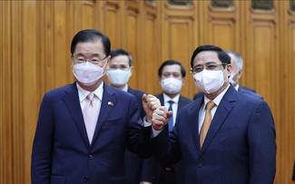 Vietnam solicita la ayuda de Corea del Sur en el suministro de la vacuna anti-covid-19