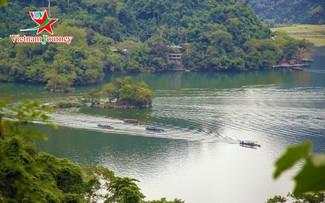 Le lac Ba Bê, un site naturel incontournable du Nord-Est