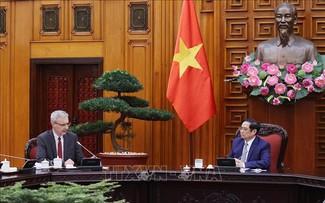 Pham Minh Chinh reçoit Nicolas Warnery
