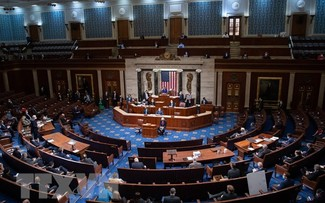 États-Unis: La Chambre des représentants adopte le texte sur le plafond de la dette