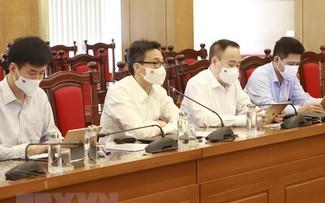 Covid-19: le vice-Premier ministre Vu Duc Dam se rend à Vinh Phuc