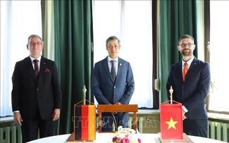 Việt Nam và Đức thúc đẩy hợp tác trong lĩnh vực chăm sóc sức khoẻ, phục hồi chức năng