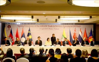 Phê duyệt Hiệp định Thương mại Dịch vụ ASEAN