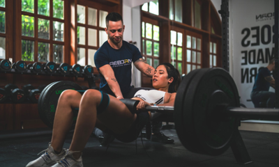 Mexican fitness coach opens free online training classes