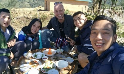 Ethnic youngster promotes tourism in border commune