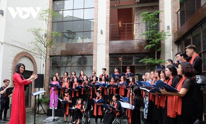 Diversity Choir transcends differences and inspires love