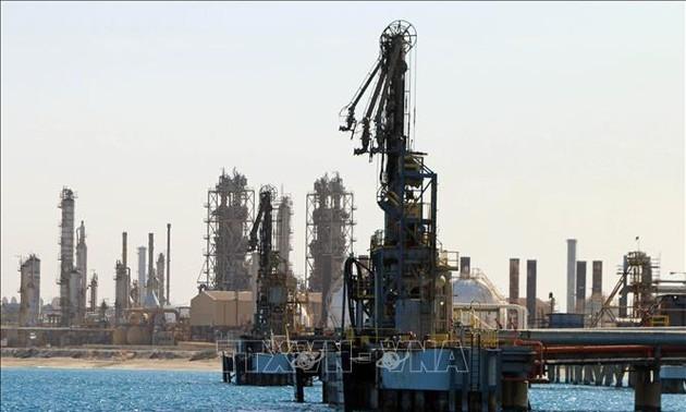 Arab Saudi: OPEC+ akan melonggarkan pemangkasan hasil produksi minyak ketika kebutuhan pulih