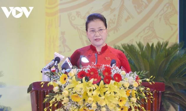 Ketua MN Nguyen Thi Kim Ngan: Provinsi Khanh Hoa harus menjadi motivasi pembangunan bagi daerah pesisir Trung Bo Selatan dan daerah Tay Nguyen