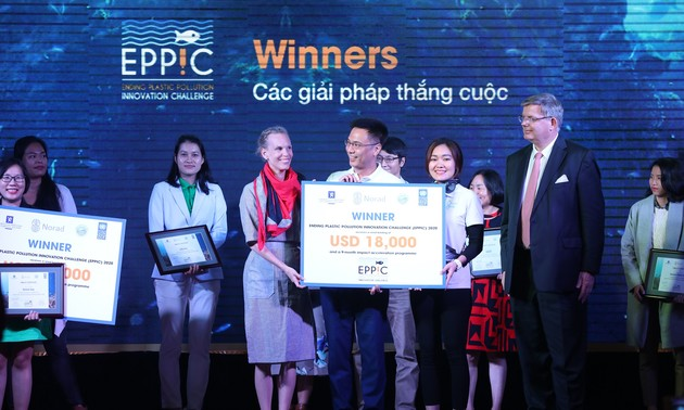Refill Day – Pola yang Menang dalam Kontes Tantangan Kreasi untuk Kurangi Sampah Plastik di Kawasan ASEAN
