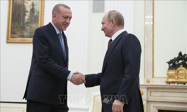 Rusia y Turquía alcanzan alto el fuego en Siria