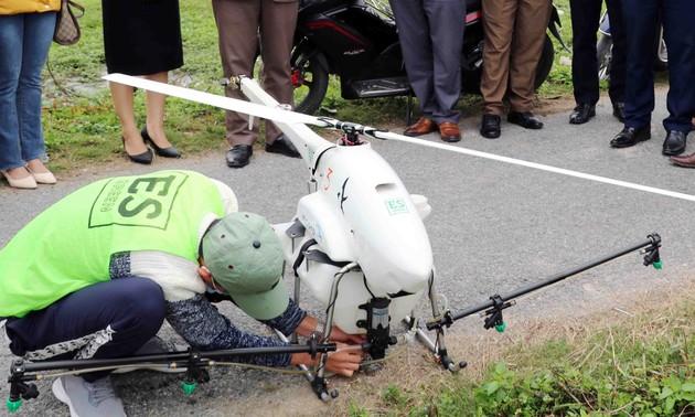 Aviones fumigadores no tripulados, una innovadora solución para la producción agrícola de Vietnam