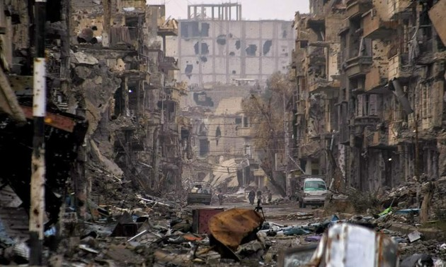 Rusia rechaza acusación de bombardeos contra mercado sirio