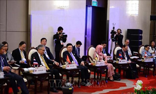 Cancilleres de Asean evalúan situación de derechos humanos