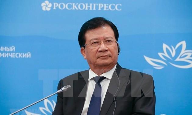 Viceprimer ministro vietnamita activo en el V Foro Económico Oriental