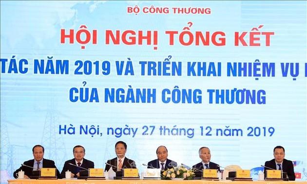 Sector de Industria y Comercio de Vietnam evalúa tareas de 2019