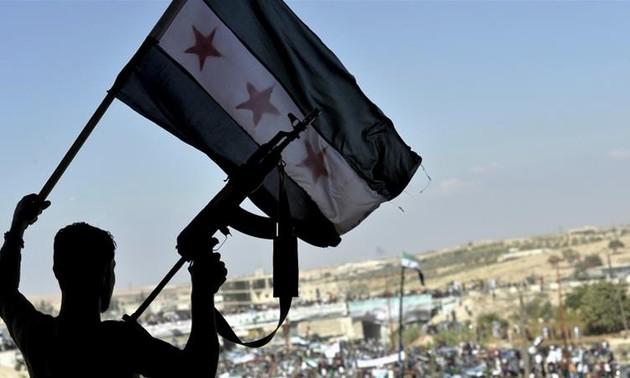 Turquía y Rusia debaten uso de espacio aéreo en Idlib