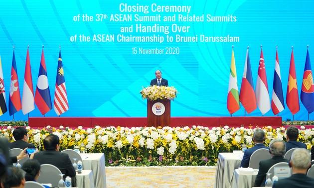 Clausura de la 37ª Cumbre de la Asean