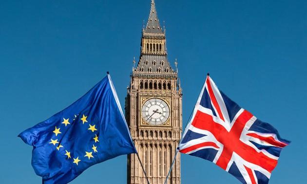 UE y Reino Unido seguirán conversaciones sobre un acuerdo post-Brexit
