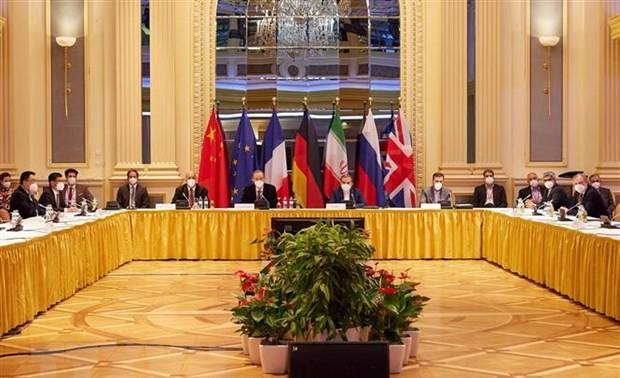 La UE ve con optimismo las conversaciones nucleares con Irán