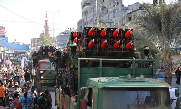 Hamás realiza desfile militar en Gaza