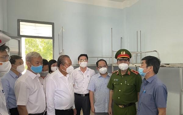 Vicepremier de Vietnam da orientaciones al trabajo anticovid-19 en Dong Nai