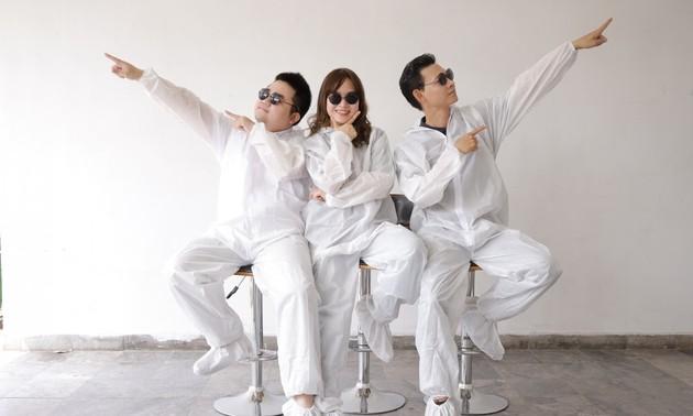 医务人员演唱《新冠花花公子》,宣传5K原则