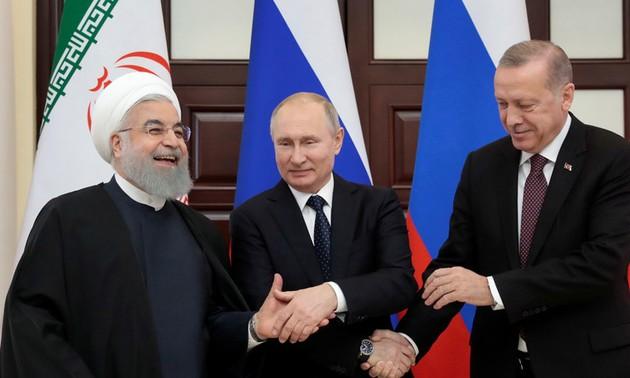 Vladimir Poutine appelle à «éliminer définitivement le foyer terroriste» d'Idleb