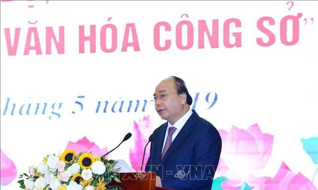 Nguyên Xuân Phuc déclenche le mouvement d'émulation de l'instauration d'une culture dans les bureaux