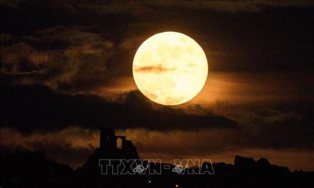 Moscou entend collaborer avec Pékin sur la création d'une station lunaire