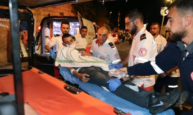 Jérusalem: plus de 170 blessés dans des heurts entre Palestiniens et policiers israéliens