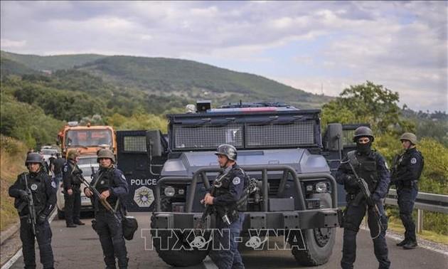 La tension persiste au Kosovo après le déploiement de blindés serbes