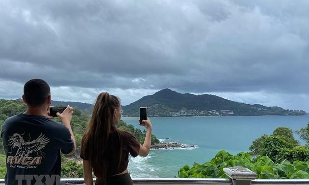 Le tourisme international a montré des signes de rebond en juin et juillet 2021