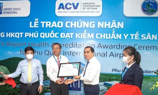 L'aéroport international de Phu Quôc reçoit l'accréditation Airport Health