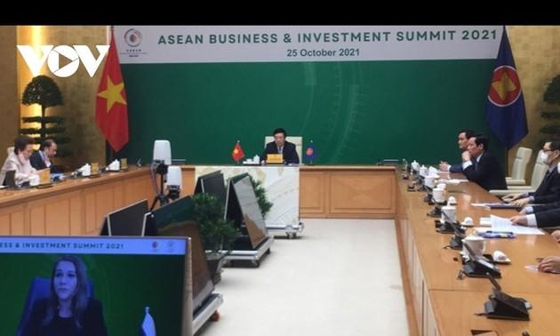 Pham Binh Minh à l'ASEAN BIS 2021