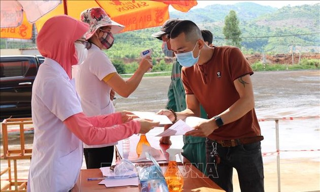 Localities tighten COVID-19 prevention and control