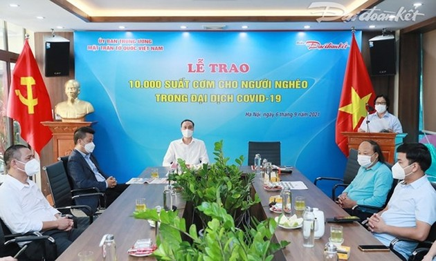 Hanoi to provide free meals for disadvantaged people during pandemic