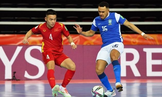 Vietnam suffers defeat against Brazil at 2021 FIFA Futsal World Cup
