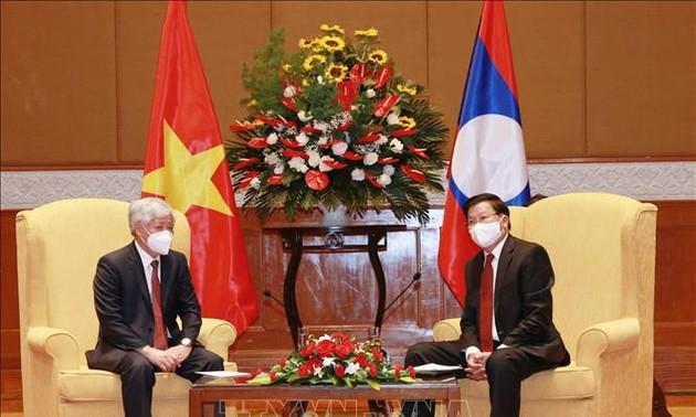 Aktivitäten des Partei-Generalsekretärs Laos Thongloun Sisoulith während des Besuchs in Vietnam